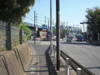 国道一号線「上板橋」信号を左斜めに分岐